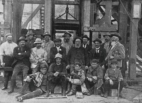 Thames School Mines 2
